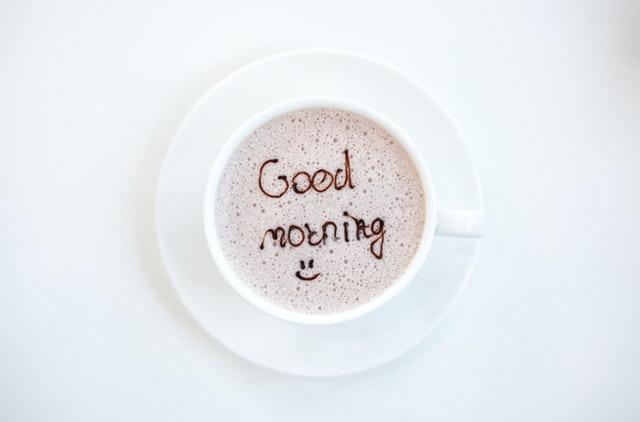 「good morning」のラテアート