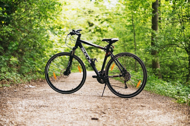 クロスバイクタイプの自転車